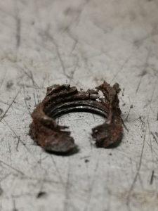Trackrod-end-retaining nut